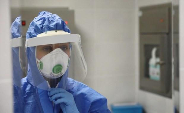 383 nowych zakażeń koronawirusem w Polsce. Zmarło kolejnych 12 osób [NOWE DANE]