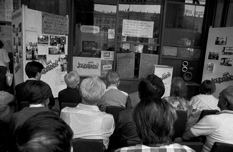 4 czerwca 1989 r. odbyły się pierwsze w powojennej historii Polski częściowo wolne wybory do Sejmu i całkowicie wolne do Senatu /Wlodzimierz Wasyluk/Gallo Images Poland /Getty Images