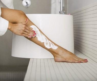 4 domowe sposoby na podrażnioną skórę po goleniu