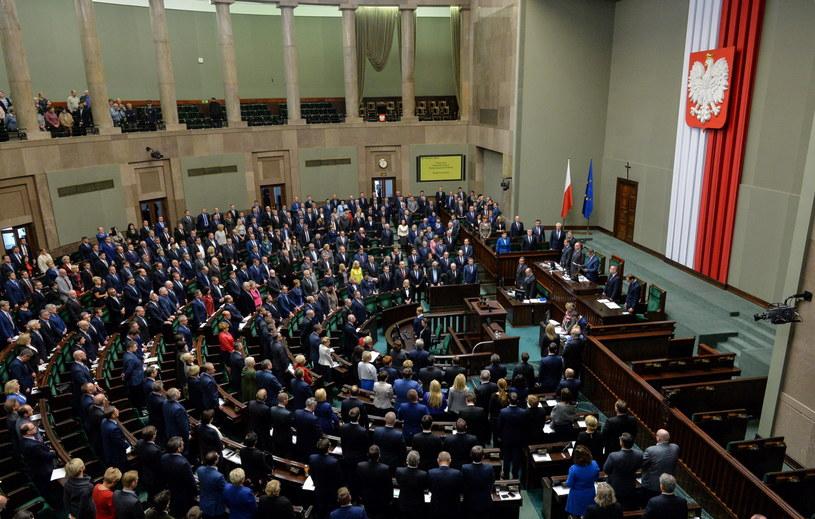 4 listopada upłynął pod znakiem sejmowych głosowań /Marcin Obara /PAP
