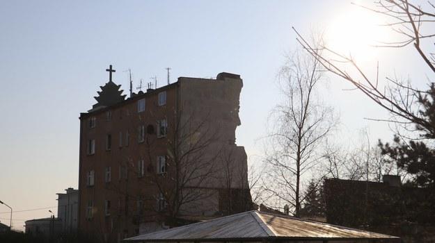 4 marca 2018 r. w wyniku wybuchu gazu zawaliła się część kamienicy na poznańskim Dębcu /Michał Dukaczewski /RMF FM