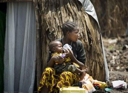 4 miliony szczepionek przeciw tężcowi pomoże chronić życie maluchów w Afryce /materiały prasowe