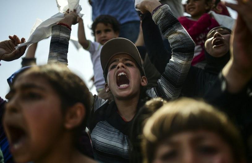 4 tys. migrantów przybyły w ciągu dwóch dni drogą morską /AFP