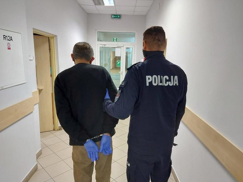 42-latek był poszukiwany przez Sąd Rejonowy w Szczytnie /KPP Szczytno /Policja