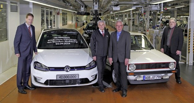 42-milionowy samochód z Wolfsburga /Volkswagen