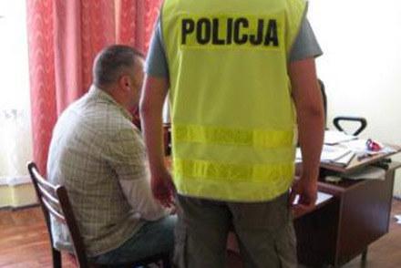 43-letni mężczyzna podczas przesłuchania /Policja