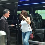 44-letnia Alanis Morissette promienieje w ciąży!