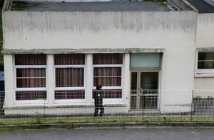 45-latek dźgnięty nożem. Napastnik cytował ISIS
