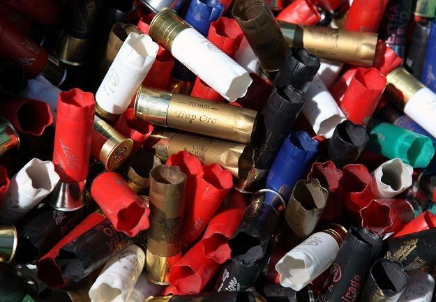 45 proc. z nas regularnie segreguje odpady /AFP