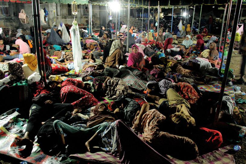 45 tys. osób bez dachu nad głową po trzęsieniu ziemi /AFP