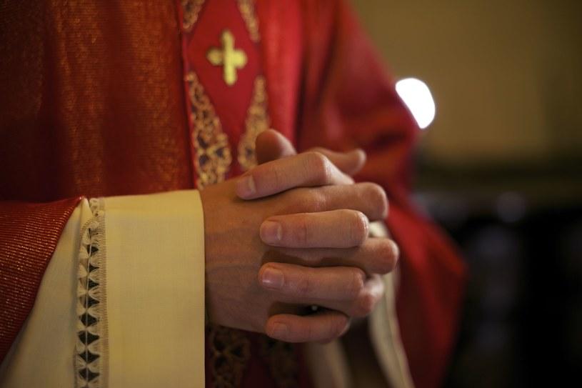 47,9 proc. Polaków uważa działania Kościoła w sprawie pedofilii za niewystarczające; zdj. ilustracyjne /123RF/PICSEL