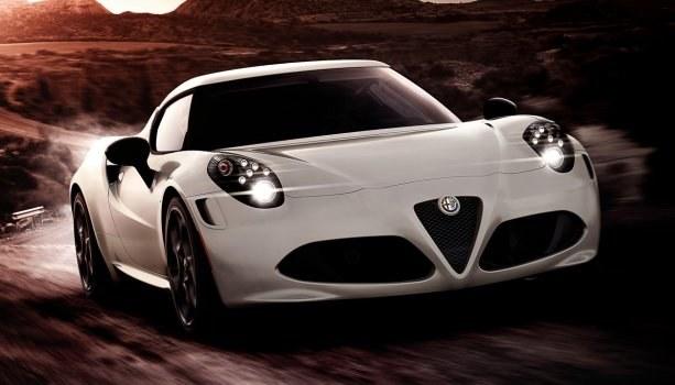 4C ma być dla Alfy początkiem całkiem nowej ery. Niedawno ruszyły zamówienia na nowy model. /Alfa Romeo
