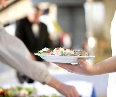 5 czynności, których nie należy robić po posiłku