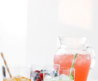 5 domowych przepisów na napoje na lato