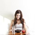 5 naukowych powodów dlaczego nie powinieneś opuszczać śniadań