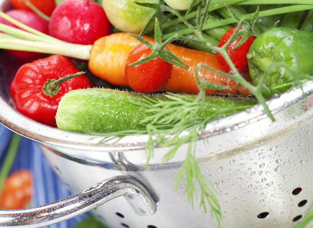 5 porcji warzyw i owoców dziennie to najlepszy przepis na zdrową dietę /123RF/PICSEL
