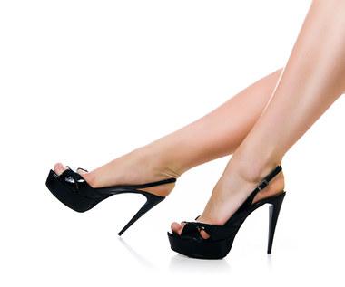 5 powodów, żeby przestać chodzić w szpilkach