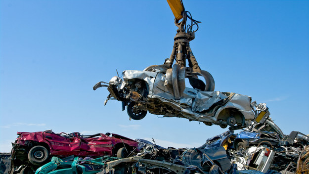 5 samochodów = tona odzyskanego plastiku