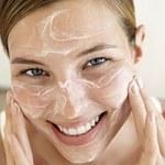5 skutecznych i naturalnych produktów, które nawilżają skórę