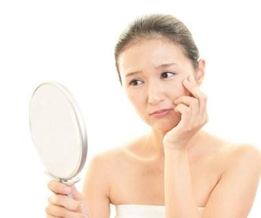 5 sposobów, za pomocą których skóra mówi nam, że coś jest nie tak