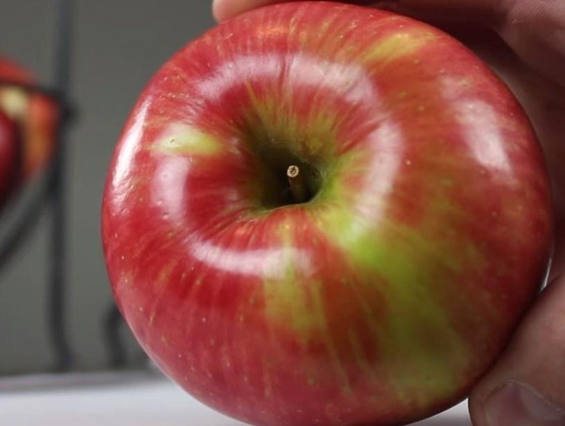 5 trików z wykorzystaniem jabłka /© Photogenica