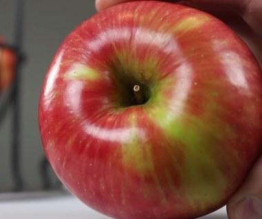 5 trików z wykorzystaniem jabłka