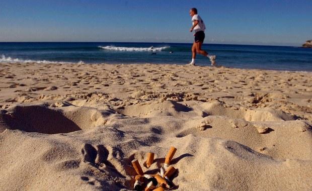 50 euro kary za palenie na plaży w Sardynii
