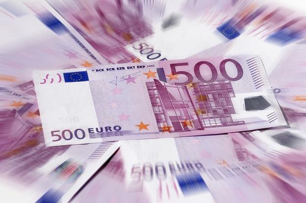 500 euro bedzie wycowany z obiegu? /IAR/PAP