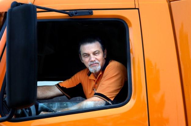 53 tysiące polskich pracowników firm transportowych może stracić pracę /123RF/PICSEL