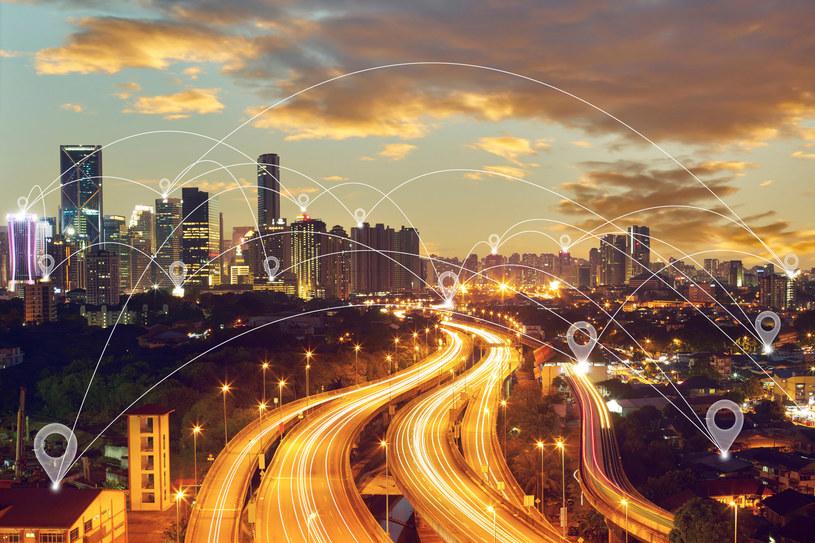 5G: Sieci przemysłowe i inteligentne fabryki coraz bliżej /123RF/PICSEL