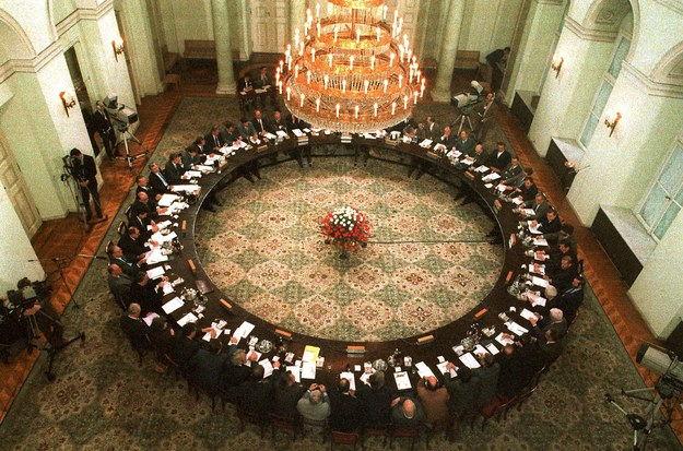 6 lutego 1989 r. w Warszawie rozpoczęły się obrady Okrągłego Stołu /Grzegorz Roginski /Reporter