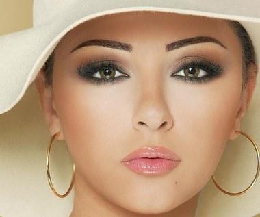 6 porad jak uzyskać perfekcyjne usta w kolorze nude