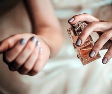6 punktów na skórze, na których należy rozpylać perfumy