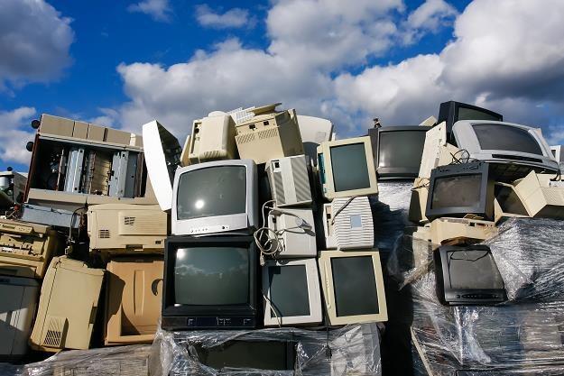 60 procent Polaków nie wie, co zrobić ze zużytym sprzętem RTV i AGD /©123RF/PICSEL