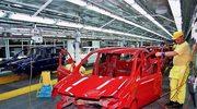 616 tysięcy samochodów z Polski