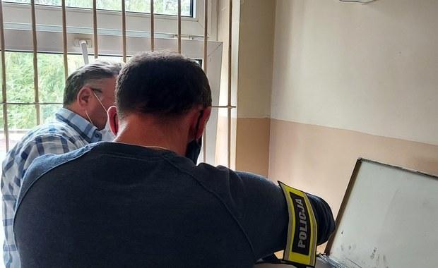 65-latek podszywał się pod policjanta. Chciał oszukać seniorkę