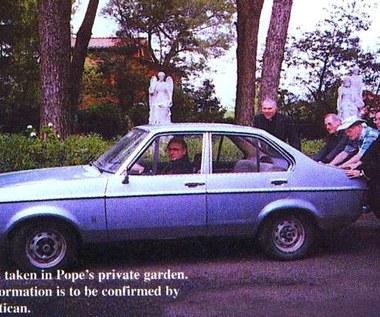 680 tys. dolarów za auto Jana Pawła II
