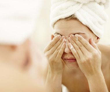 7 błędów, które popełniasz zmywając makijaż