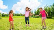 7 kultowych zabaw z dzieciństwa, które musisz pokazać swoim dzieciom!