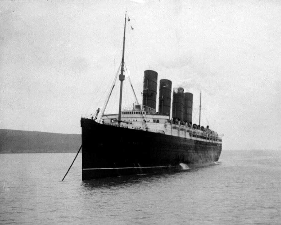 7 maja 1915 r. transatlantyk zatonął 18 km na południe od wybrzeży Irlandii / PA Wire    /PAP/EPA