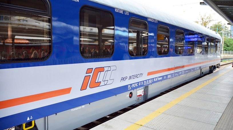 7 mld zł - tyle PKP Intercity ma wydać w latach 2016-2023 na modernizację i zakup nowego taboru /©123RF/PICSEL
