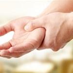 7 powodów dlaczego puchną palce