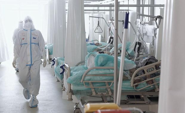 749 chorych nie żyje, blisko 25 tys. nowych zakażeń koronawirusem [NOWE DANE]