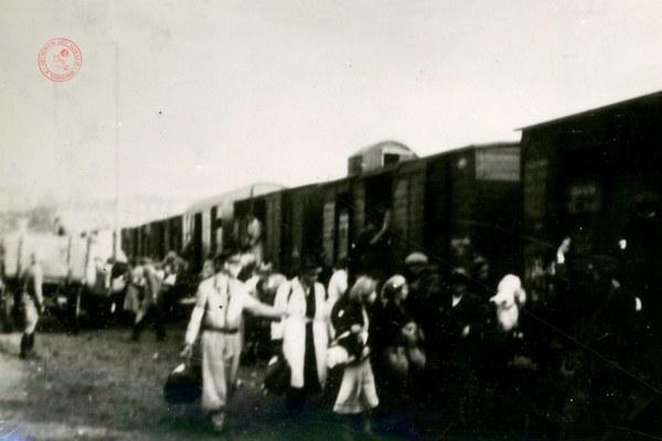 Wywózki do obozów śmierci. Getto warszawskie VII - VIII 1942 r.