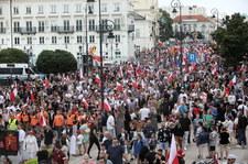77. rocznica Powstania Warszawskiego. Bąkiewicz na marszu: Toczy się wojna
