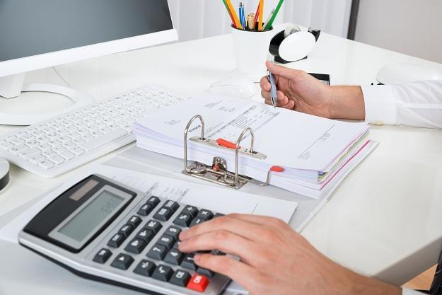 78 proc. firm otrzymuje płatności nawet 30 dni po terminie /©123RF/PICSEL