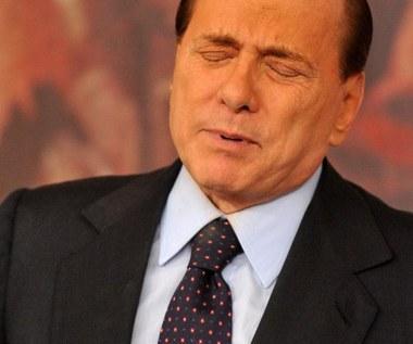 782 strony dowodów w sprawie przeciw Berlusconiemu