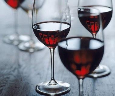 8 ciekawych zastosowań nieświeżego wina