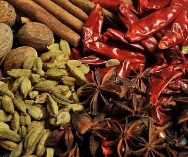 8 naukowo udowodnionych zalet pikantnych produktów