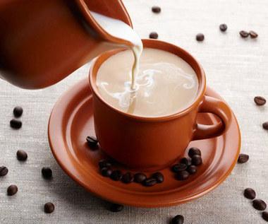 8 powodów, dla których nie powinno się używać śmietanki do kawy